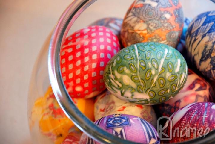 Копринени яйца